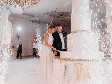 свадебный торт на заказ Москва, многоярусный торт Москва, вип торт Москва