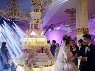 свадебный торт на заказ Москва, вип торт Москва, торт Москва